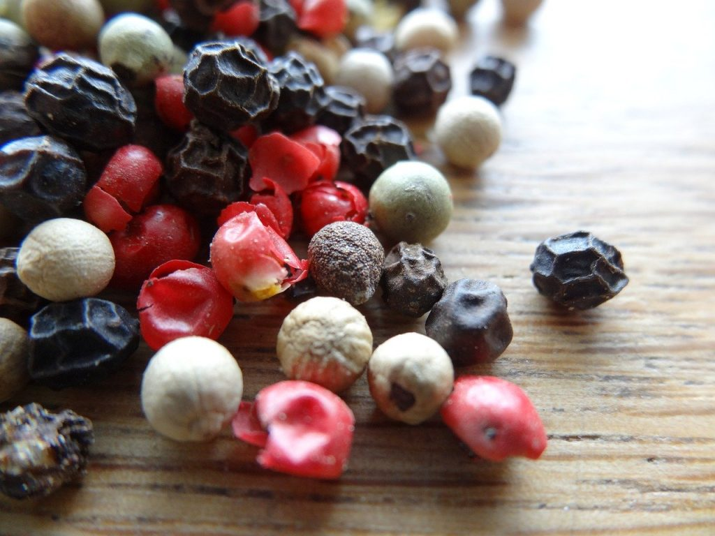 Peppercorn mixture with pink peppercorns