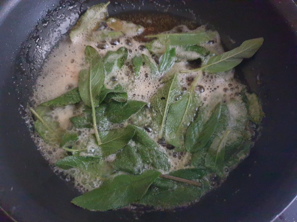 Fried sage in butter